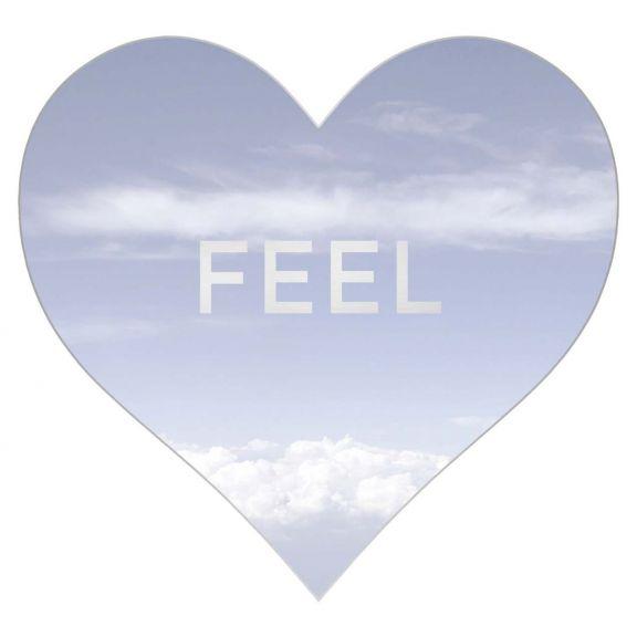 Love Hearts, Feel